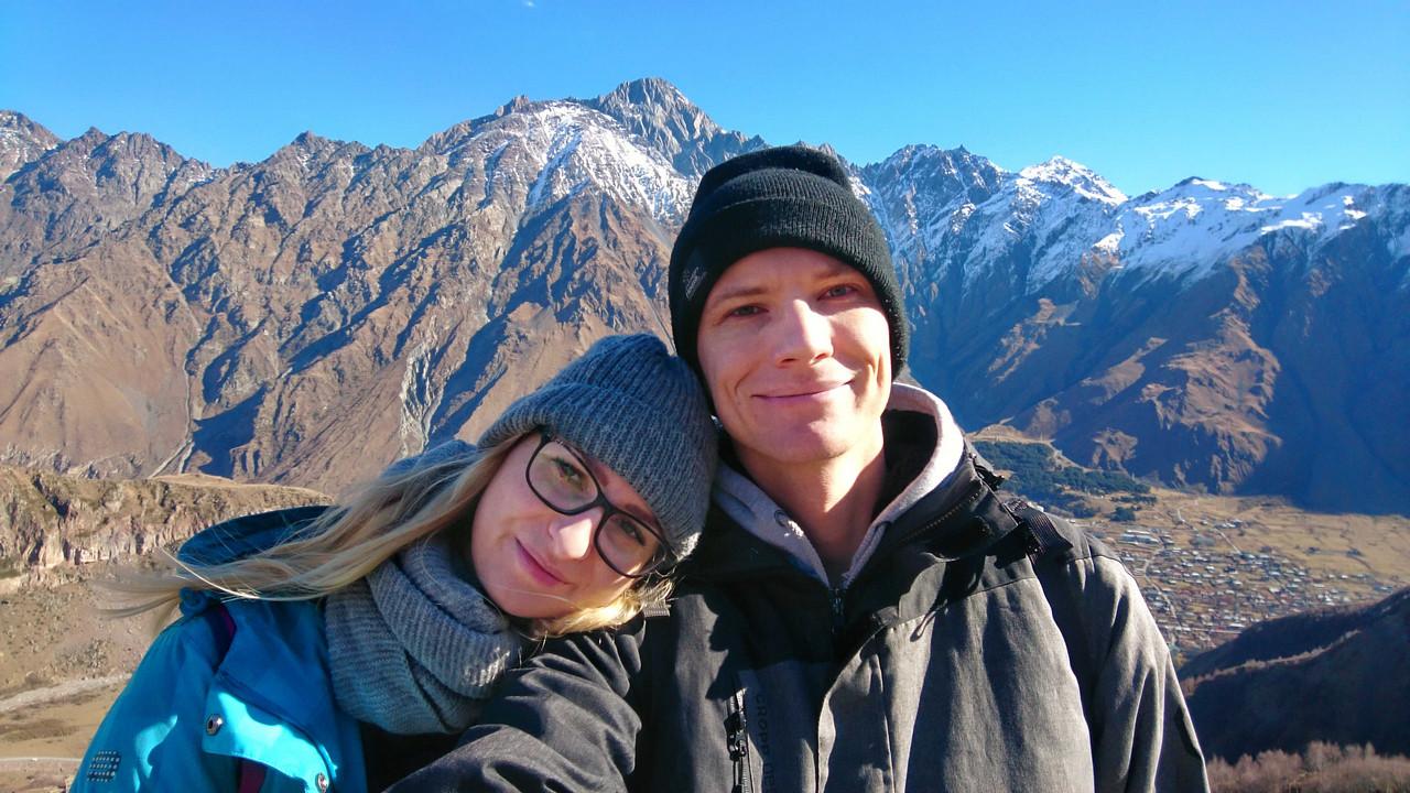 Cminda Sameba - ja i Piotrek na tle gór