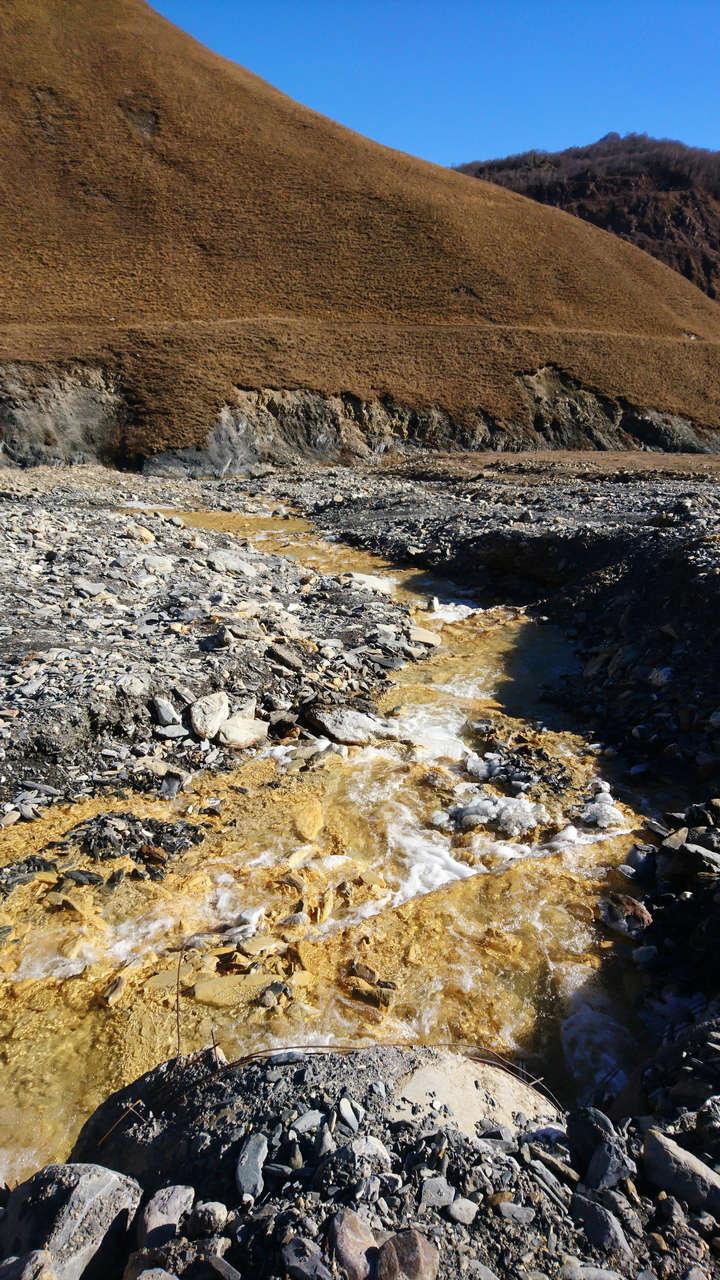 Dolina Truso - źródła siarkowe