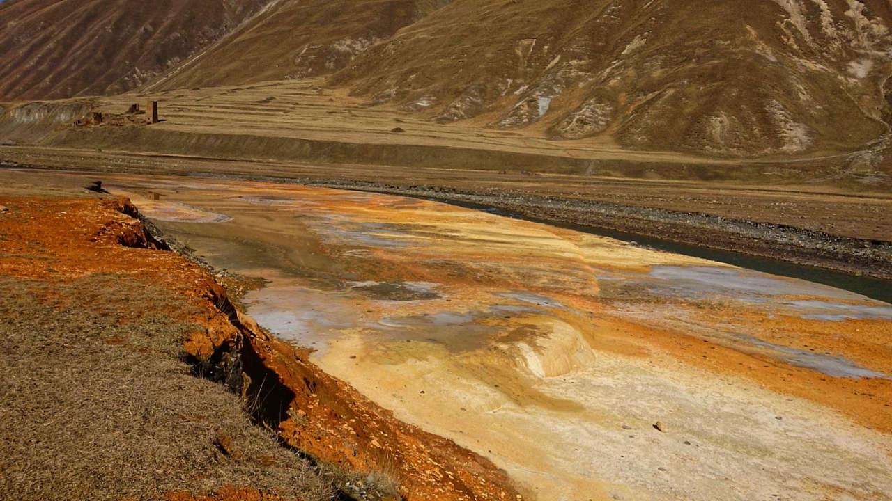 Dolina Truso - jeszcze więcej kolorowej wody