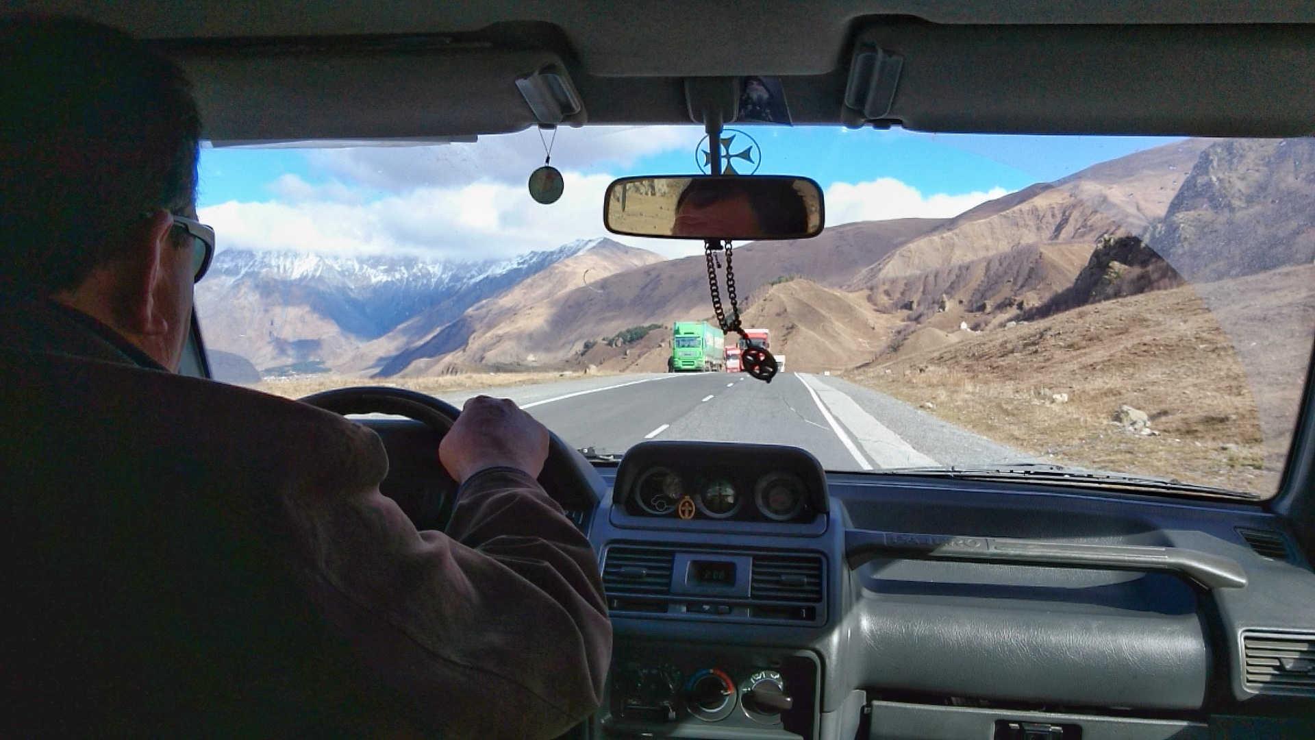Gruzinska Droga Wojenna - kierowca