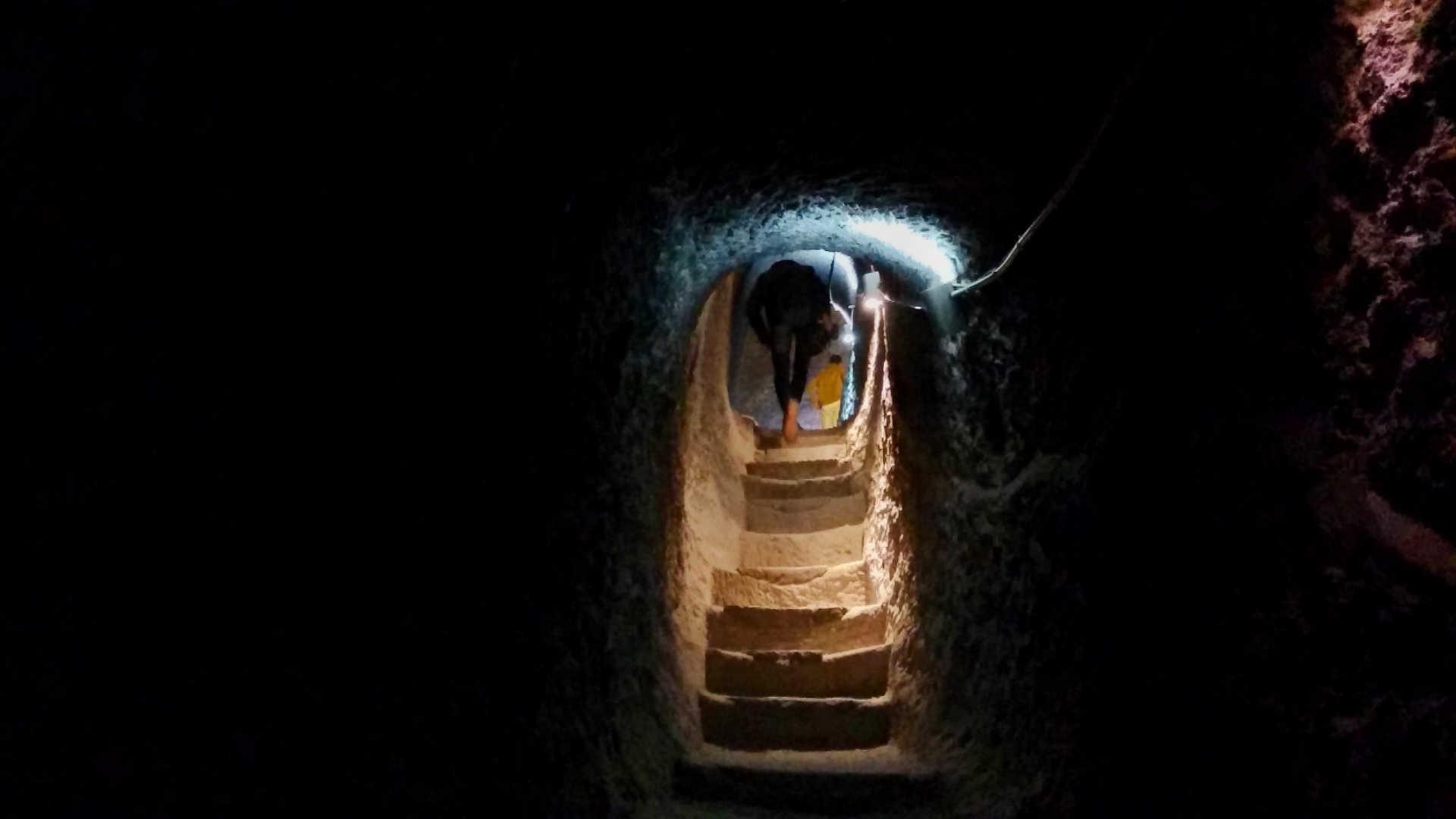 skalne miasto wardzia tunel 3