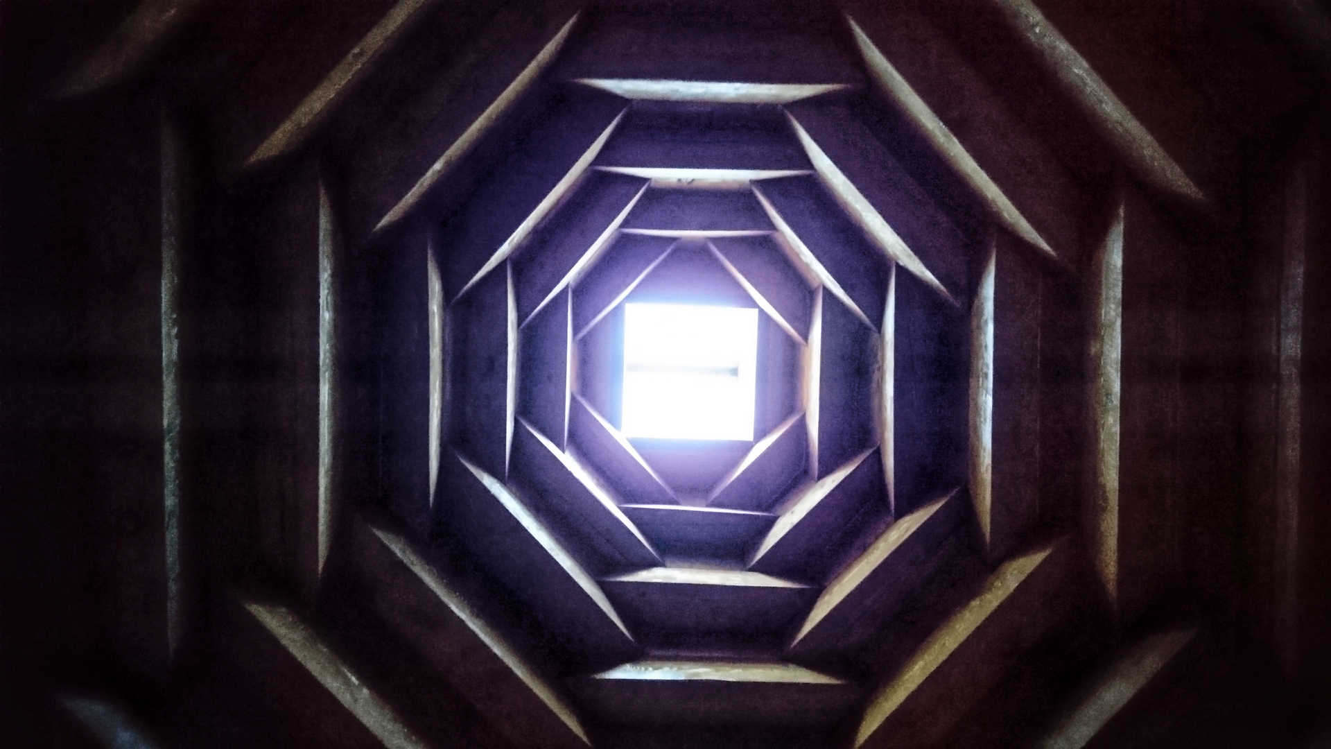 Akhaltsikhe - dziura w dachu