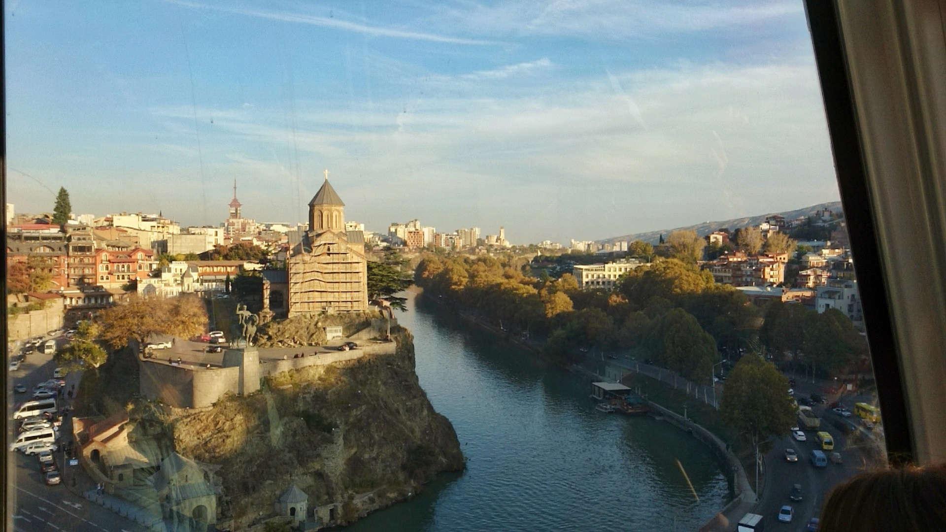 Zwiedzanie Tbilisi - wjazd kolejką