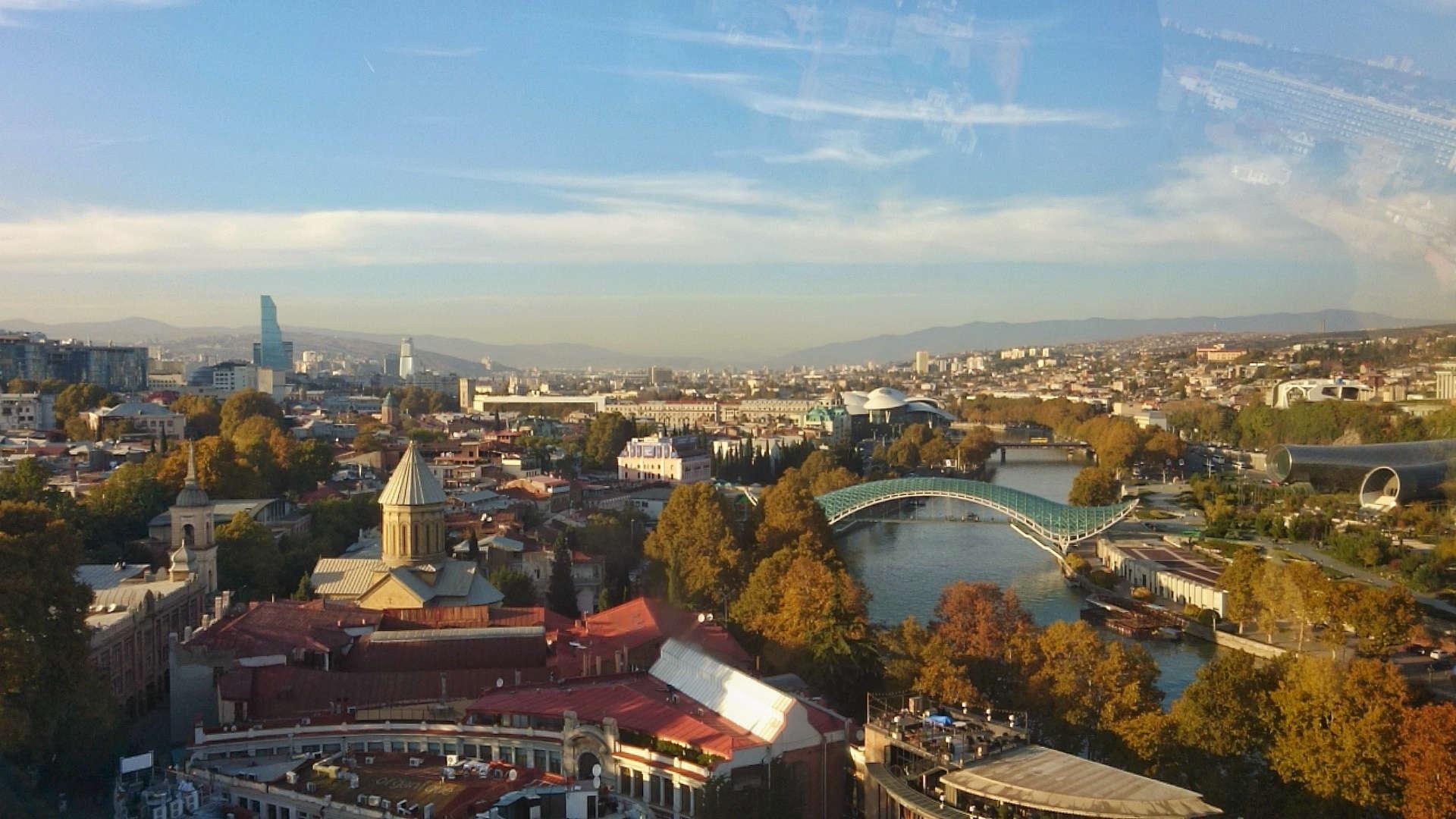 Zwiedzanie Tbilisi - widok z kolejki