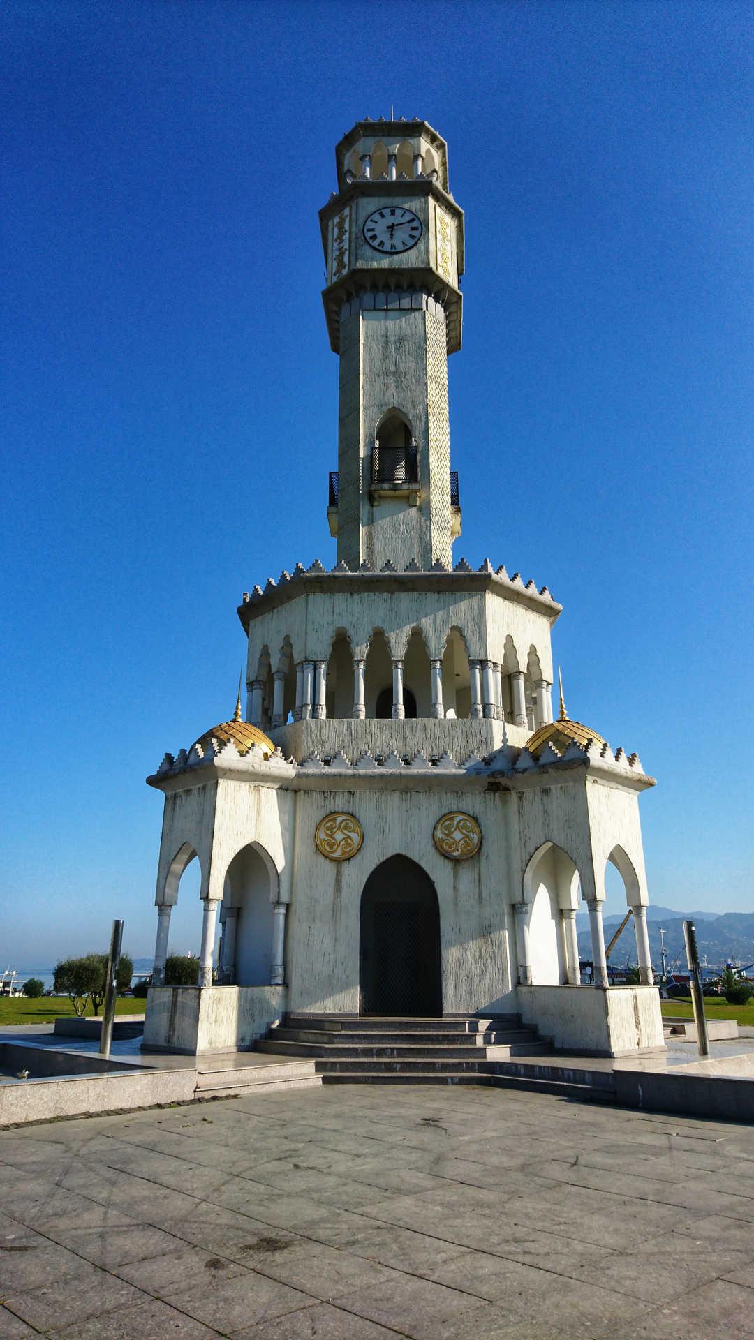 Batumi - wieża czaczy